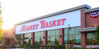 Market Basket store front