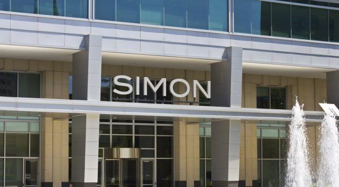 Simon Mall logo on building