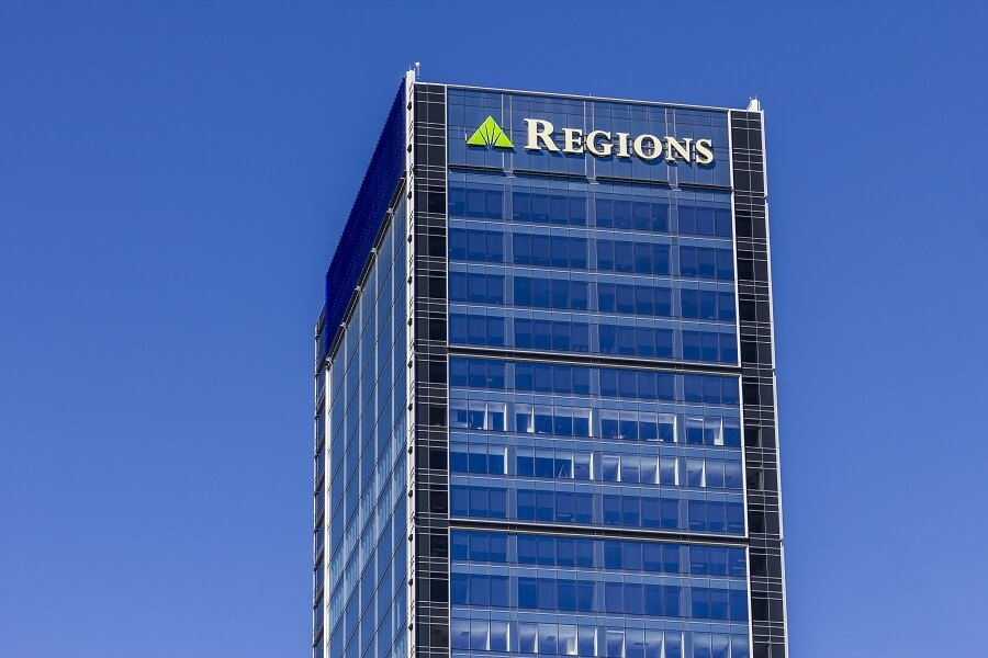 Regions Bank checking offer hero image