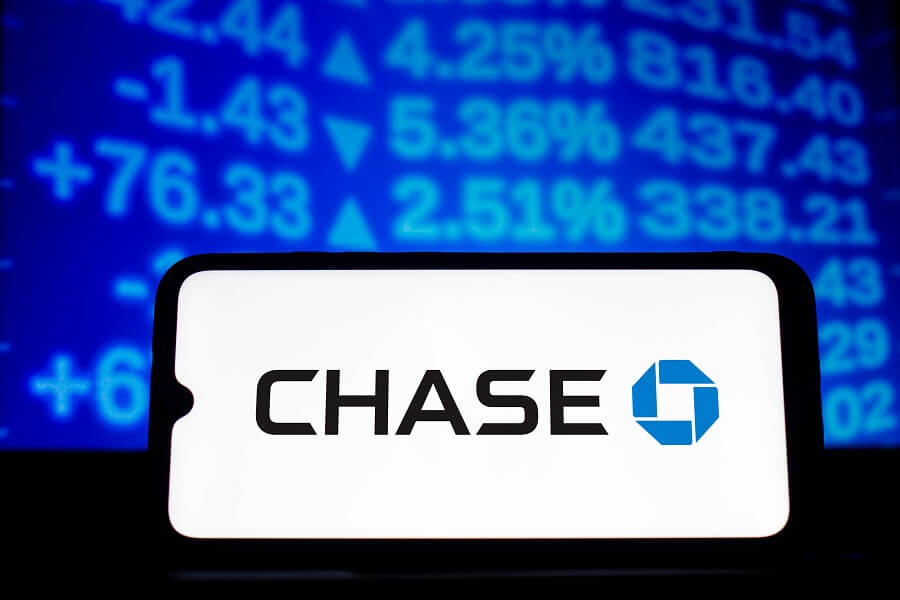 Chase business checking account $300 bonus hero image