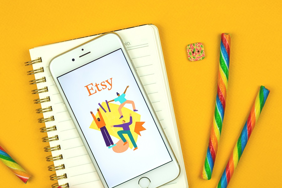 How To Sell On Etsy hero image